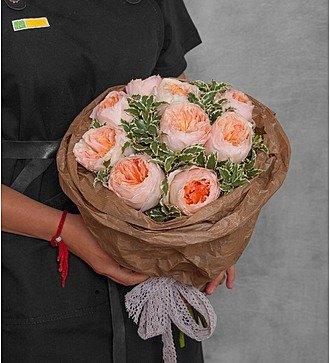 """Букет из пионовидных роз """"Мгновение"""""""