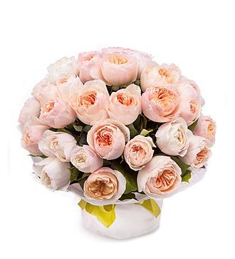 """Букет из 35 английских пионовидных роз """"Дэвид Остин"""""""