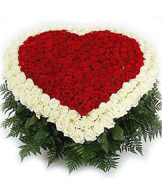 """Композиция """"Счастливая любовь"""" (101, 301 или 501 роза)"""