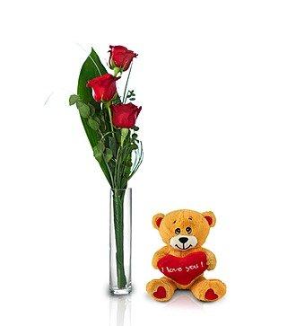 3 красные розы и игрушка