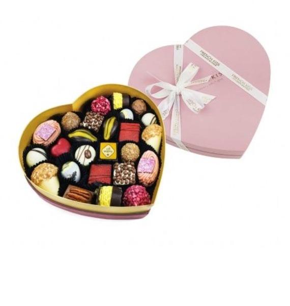 """цена Конфеты ручной работы из бельгийского шоколада """"Сладкое сердце Роуз"""" онлайн в 2017 году"""