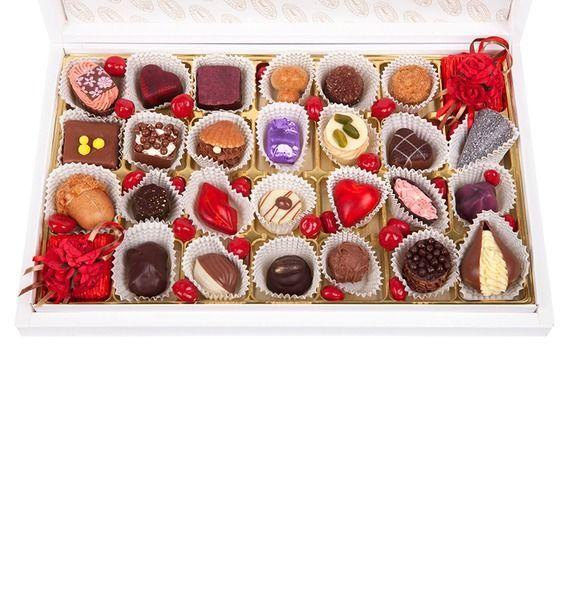Конфеты ручной работы из бельгийского шоколада Красная роза светофильтр carl zeiss t uv 77mm 1933 98