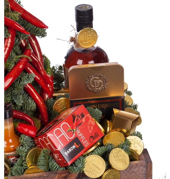 Подарочная корзина Жаркая зима (Коньяк в подарок) – фото № 2