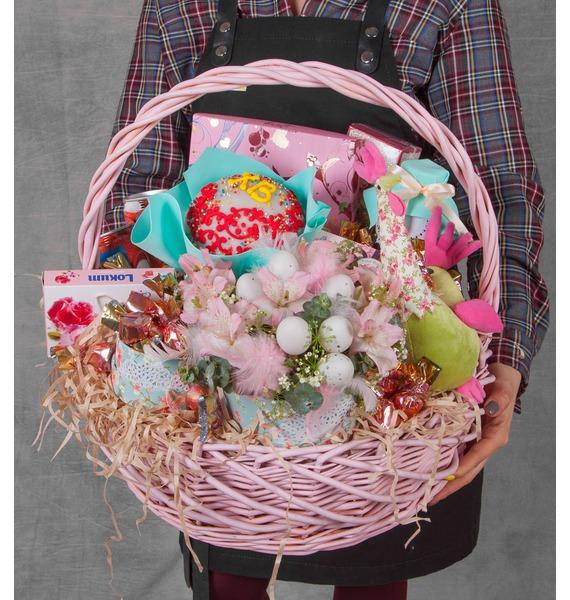 Подарочная корзина Улыбка апреля – фото № 1