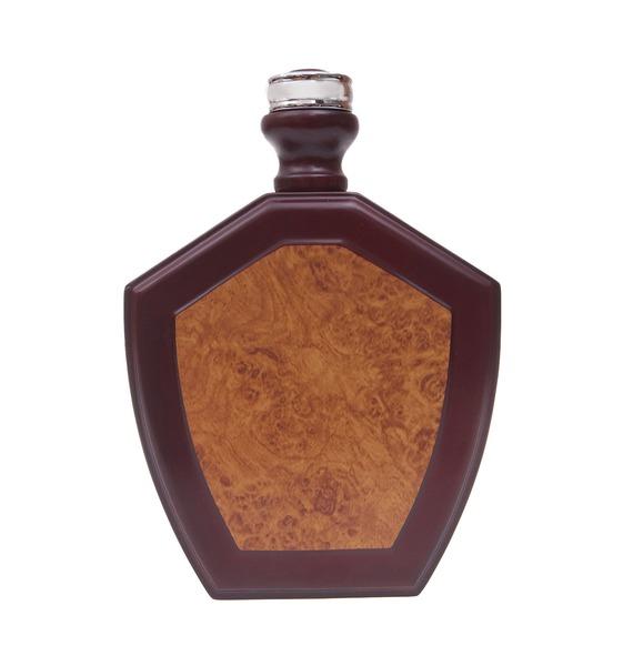 Подарочный набор для вина в деревянном кейсе