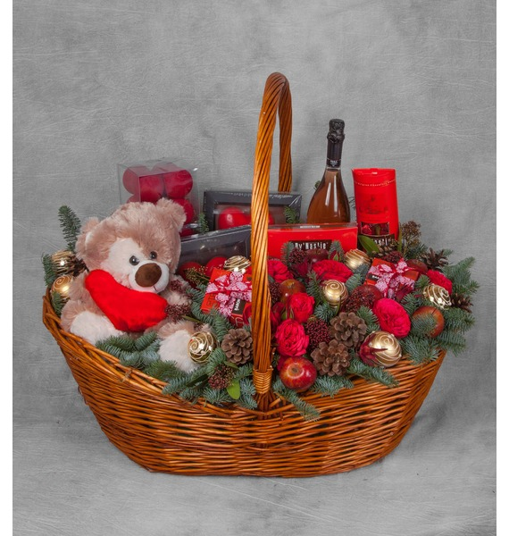 Подарочная корзина Зимняя Love Story (Игристое вино в подарок) – фото № 1