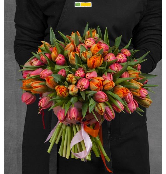 Букет Оттенки тепла (25, 51 или 101 тюльпан) букет из тюльпанов солнечный сюрприз 25 51 101