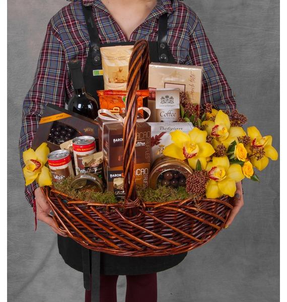 Подарочная корзина Всё в шоколаде (Красное вино в подарок) – фото № 1