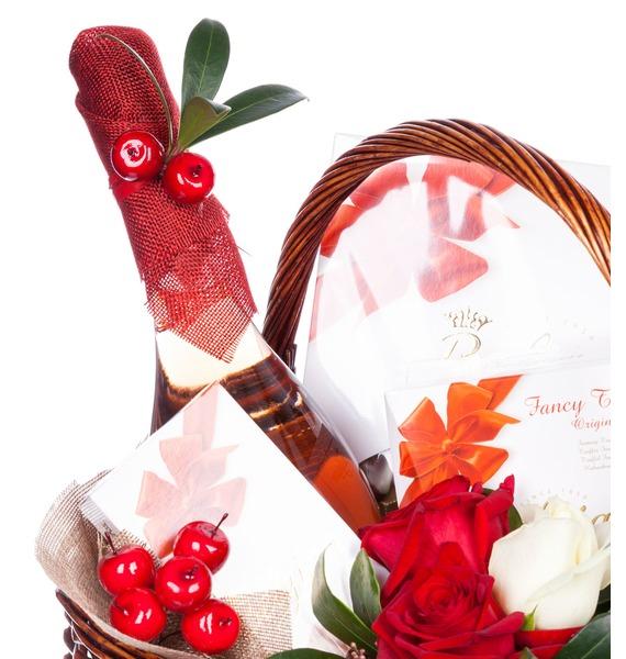 Подарочная корзина Горячее сердце (Вино в подарок) – фото № 5