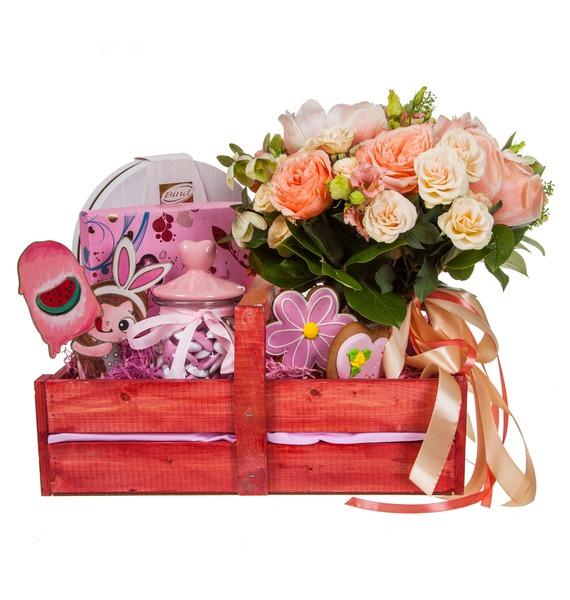 Подарочное кашпо с букетом Любимой принцессе – фото № 4