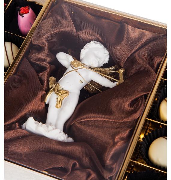 Конфеты ручной работы из бельгийского шоколада Аметист Ангел – фото № 3