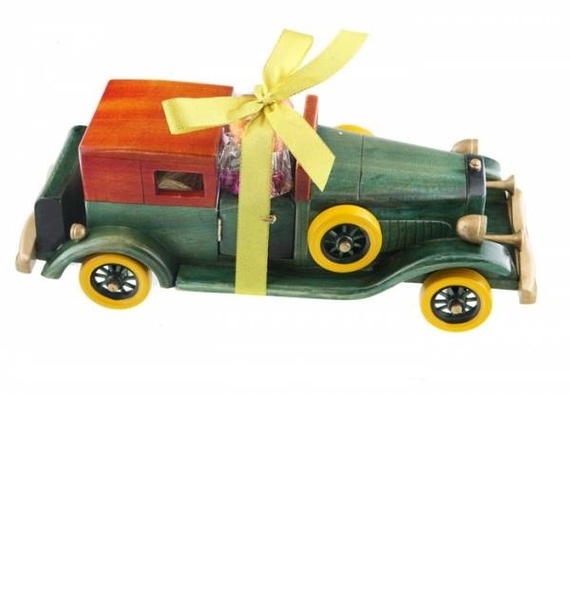 "La Suissa ""Ретро Автомобиль"" с конфетами"