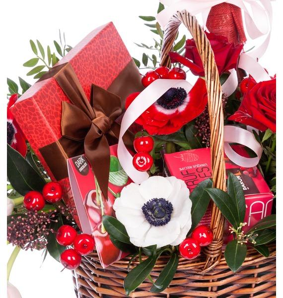 Подарочная корзина Вспышка чувств (Ликёр в подарок) – фото № 4