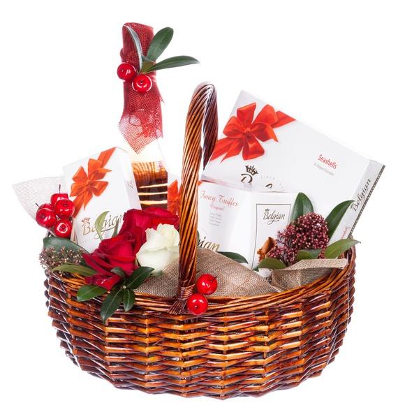 Подарочная корзина Горячее сердце (Вино в подарок) – фото № 1