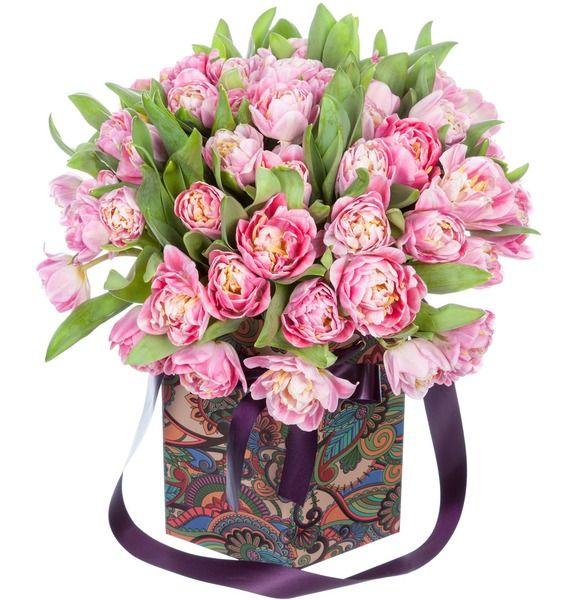 Пионовидные тюльпаны Foxtrot в вазе – фото № 1