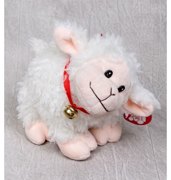 Мягкая игрушка Овечка с колокольчиком (20 см)