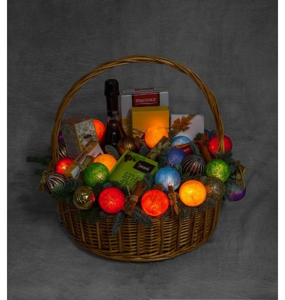 Подарочная корзина Радуга вкуса (Игристое вино в подарок) – фото № 2
