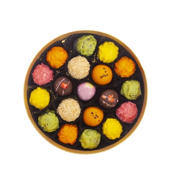 """Конфеты ручной работы из бельгийского шоколада """"Акцент"""""""