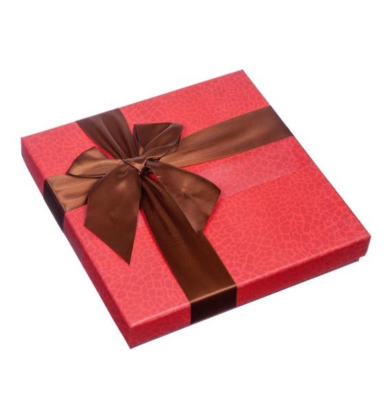 """где купить Шоколадные конфеты La Suissa """"Ассорти"""" по лучшей цене"""