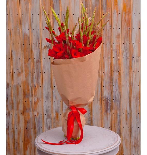 Букет-соло красных гладиолусов (5,7,9,15,25 или 35)