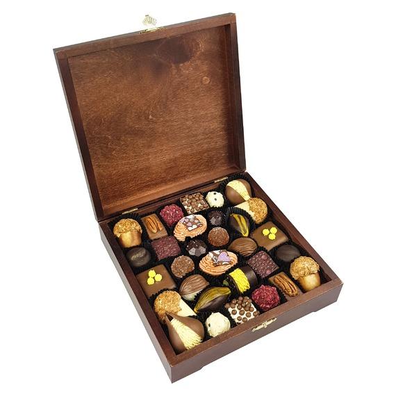 """Конфеты ручной работы из бельгийского шоколада """"Ампир"""""""