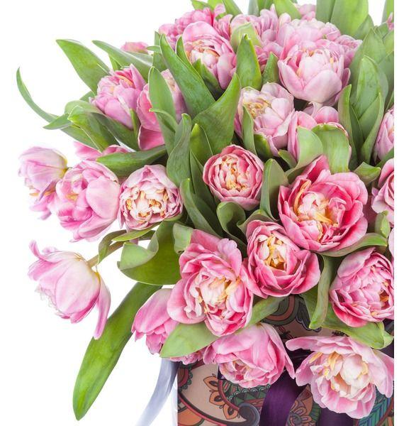 Пионовидные тюльпаны Foxtrot в вазе – фото № 2
