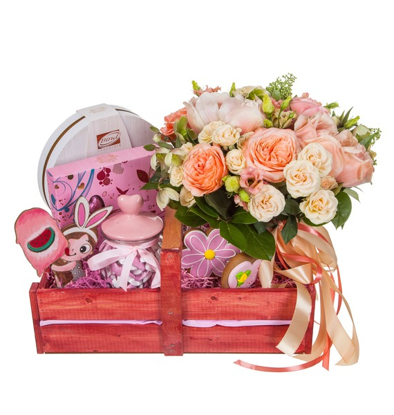 Подарочное кашпо с букетом Любимой принцессе – фото № 5