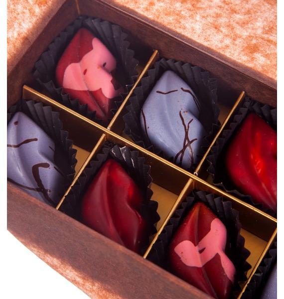 Конфеты ручной работы из бельгийского шоколада Аметист leather 8 – фото № 2