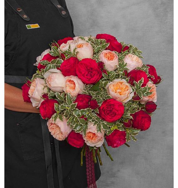 Букет из пионовидных роз Единственная (15, 25 или 51)