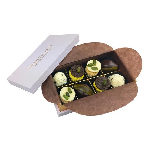 Конфеты ручной работы из бельгийского шоколада Венсе merci набор конфет ассорти из шоколада с миндалем 250 г