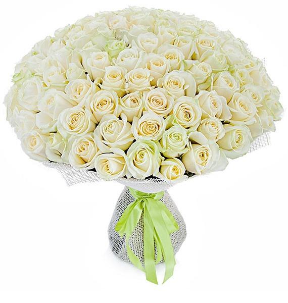 Букет из 101 белой розы Счастье букет из кустовой розы огненный