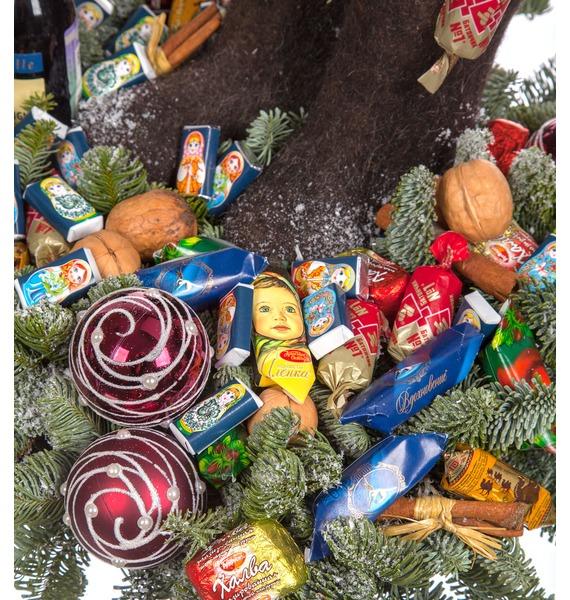 Композиция Новогодние сладости (Красное вино в подарок) – фото № 2