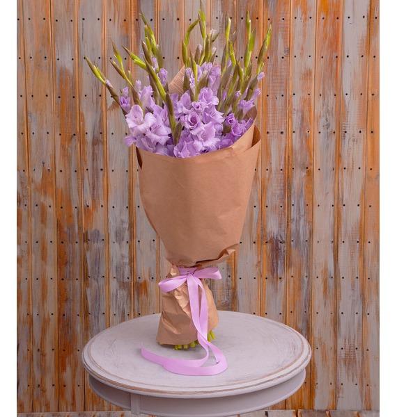 Букет-соло лиловых гладиолусов (5,7,9,15,25 или 35)