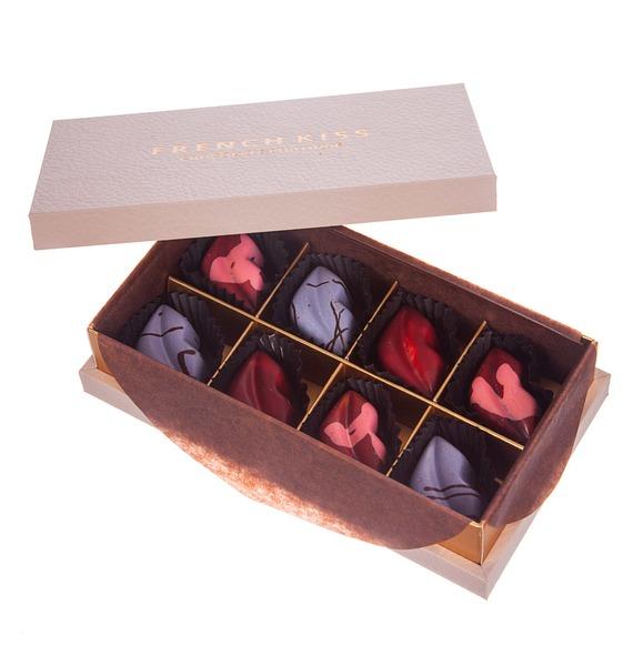 Конфеты ручной работы из бельгийского шоколада Аметист leather 8 – фото № 3
