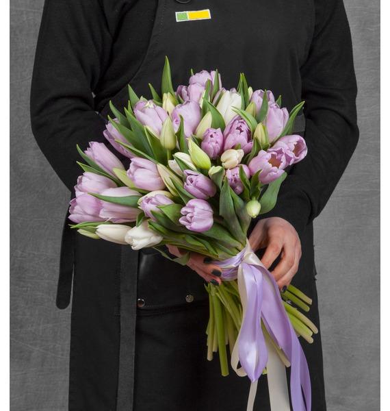 Букет тюльпанов Нежная мелодия (25, 51 или 101 тюльпан) букет огни 51 101 или 151 альстромерия