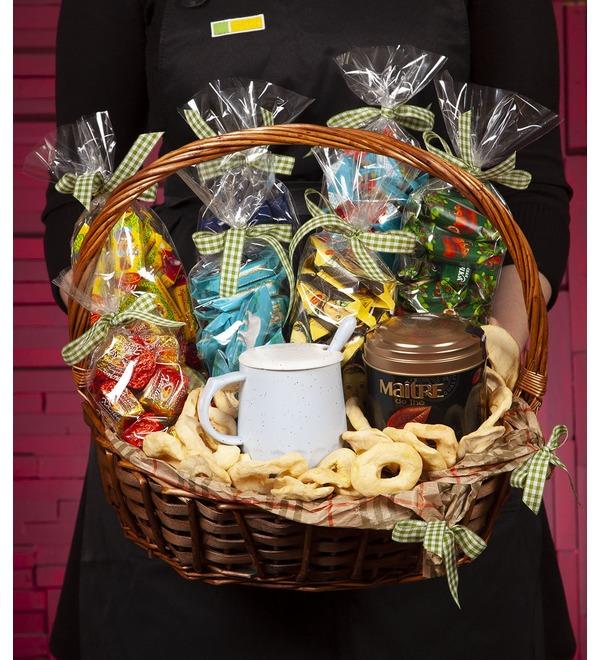 Подарочная корзина Любимые конфеты – фото № 1