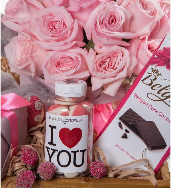 Подарочное кашпо с букетом Любовь сильнее всего! – фото № 2