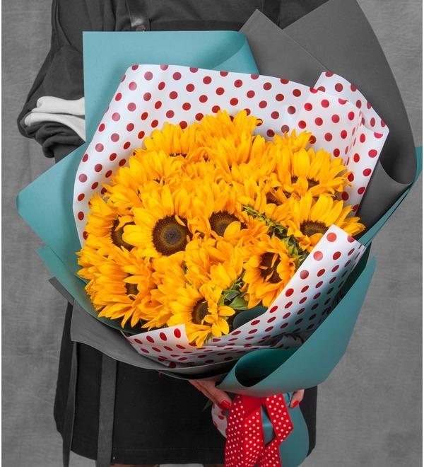 Букет Солнечный привет (19, 27 или 35 подсолнухов) – фото № 1