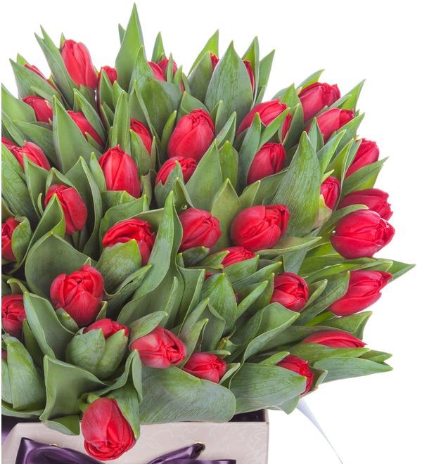 Пионовидные тюльпаны Largo в вазе – фото № 3