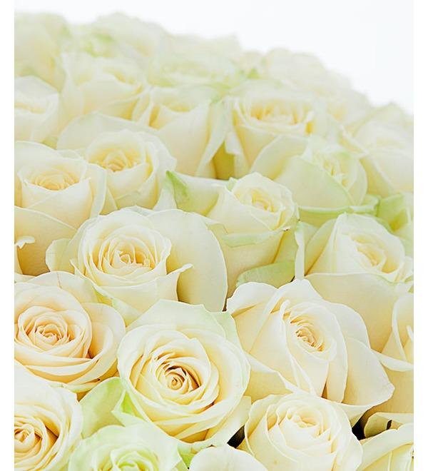 Букет из 101 белой розы Белое солнце – фото № 3