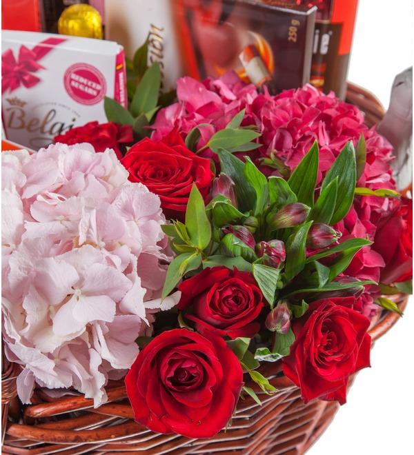 Gift basket Delicate petal – photo #2