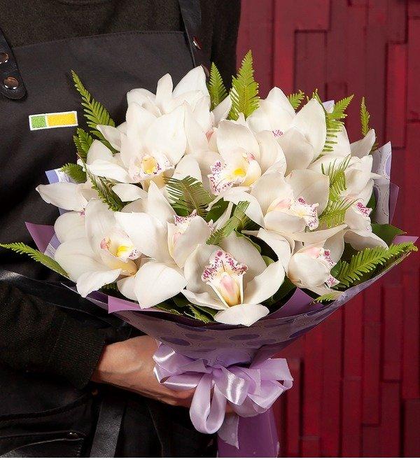 Букет-соло Белые орхидеи (15,25,35,51,75,101 или 151) – фото № 1