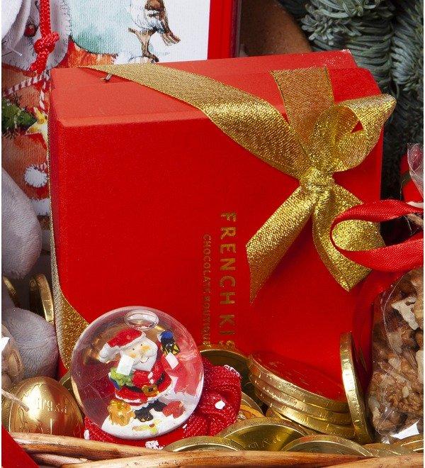 Подарочная корзина Подарки под ёлкой – фото № 3
