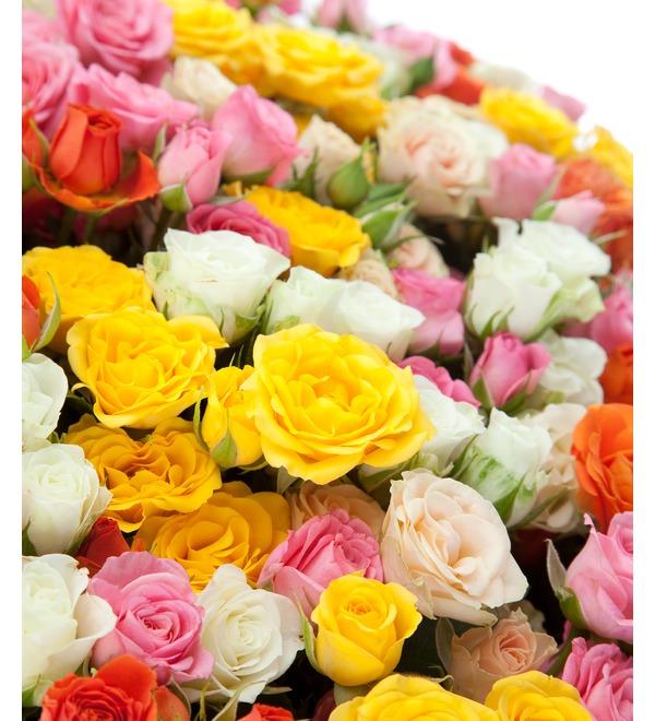 Композиция из кустовой розы (101, 251 или 501 роза) – фото № 3