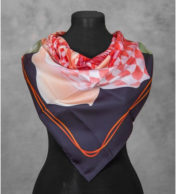 Шелковый платок GUCCI Королевская Роза (Италия, 90х90 см) – фото № 4