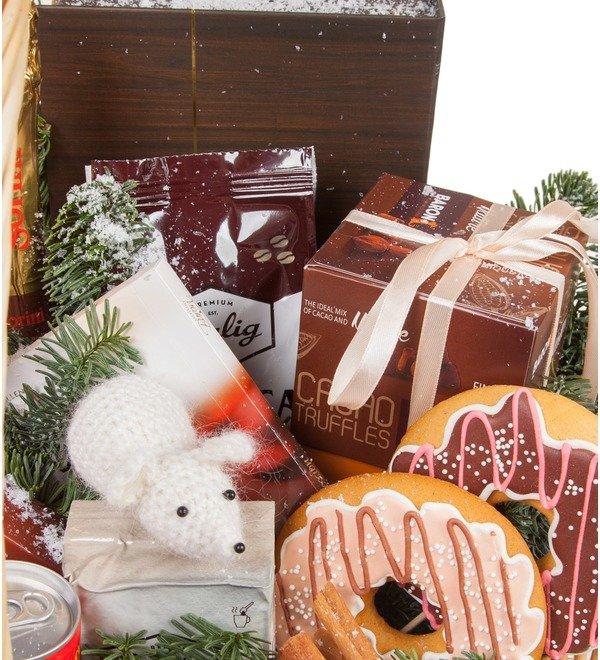 Подарочная корзина Сладкий праздник – фото № 3