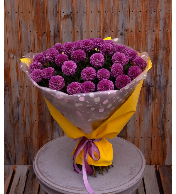 Bouquet-solo of chrysanthemums Gustav (7,15,21,35 or 51) – photo #1