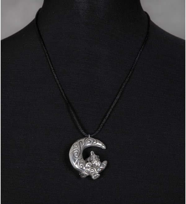 Серебряный кулон Бегемотик на луне – фото № 1