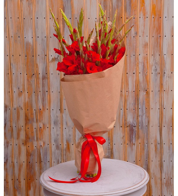 Bouquet-solo of red gladioli (5,7,9,15,25 or 35) – photo #1