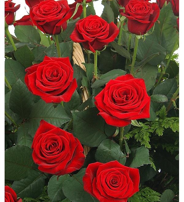 Композиция из роз Красавице – фото № 5